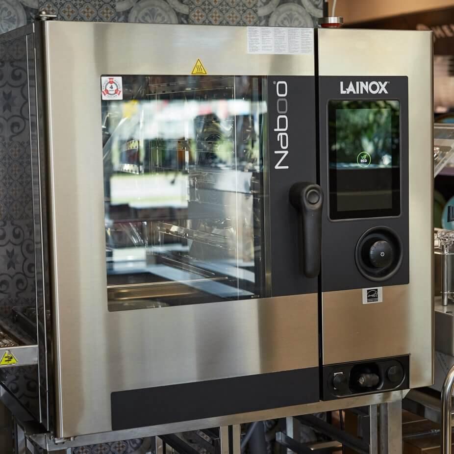 Projektowanie i wykonanie kuchni w restauracjach